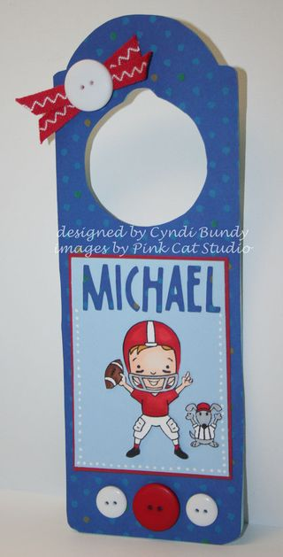 Football-hanger-Cyndi
